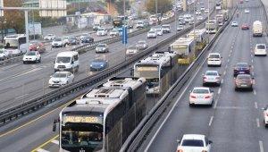 İBB'den metrobüs durakları arasında ulaşıma yüzde 79 oranında zam