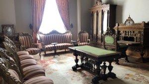 II. Abdülhamid'in 6 sene hapis hayatı yaşadığı ve hayatını kaybettiği Beylerbeyi Sarayı'ndaki odası görüntülendi