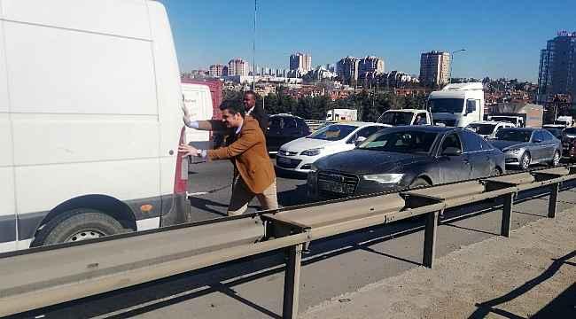 """İstanbul'da """"kazaya bakma"""" kazası"""