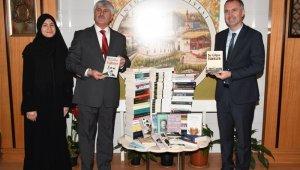 Kitap kulesi, tâlihlisine teslim edildi - Bursa Haberleri