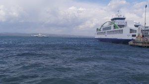 Lapseki iskelesi doldu feribotlar denizde mahsur kaldı - Bursa Haberleri