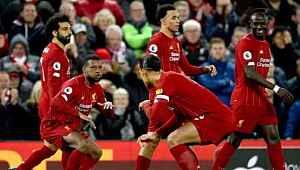 Liverpool inanılmazı gerçekleştirmek üzere... Şampiyonluk rekorla gelmek üzere