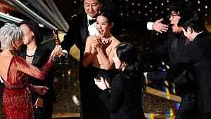 Oscar tarihinde bir ilk... İngilizce olmayan film ödül aldı