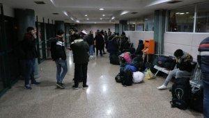 Sınırın açıldığını duyan mülteciler Karabük'ten yola çıktı