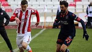 Sivasspor puan kaybetti, Zirve yarışı kızıştı
