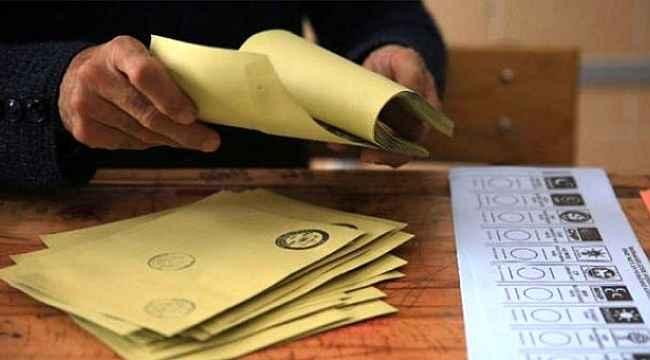 Son seçim anketinde vatandaşa partilerin ittifakı soruldu! İttifak arasındaki oy oranları farkı bir hayli şaşırttı!