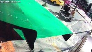Ters yönden gelen motosiklet sürücüsü yayaya çarptı