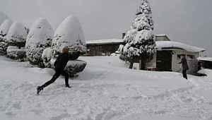 Vali ile öğrencilerin gülümseten kar tatili diyalogları