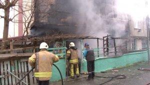 Yangın paniği... Mahsur kalanlar son anda kurtarıldı