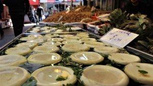 Yeni yılın ilk enginarı Kıbrıs'tan tezgahlara geldi - Bursa Haberleri