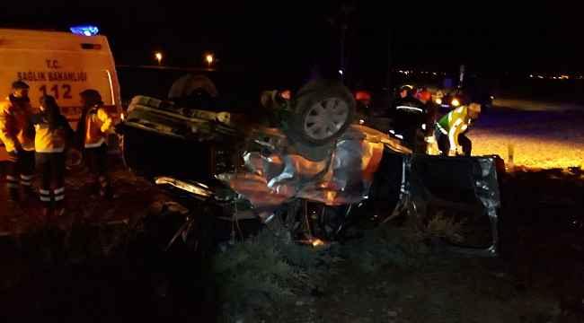 Yolcu otobüsü ile otomobil çarpıştı 3 kişi öldü, 2 kişi yaralandı