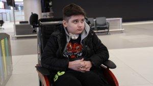 300'ün üzerinde ameliyat geçiren Kayra, korona virüs nedeniyle ABD'den döndü