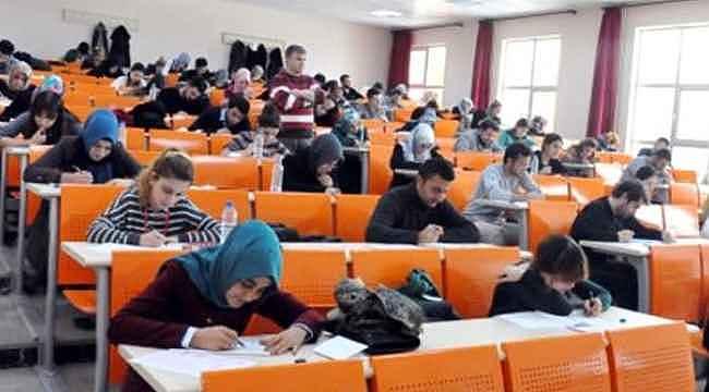 Açıköğretim sınavları ertelendi mi? Anadolu Üniversitesi açıkladı