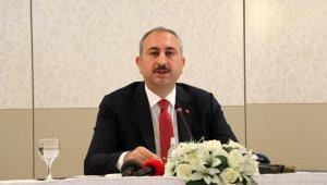Adalet Bakanı Gül yeni tedbirleri açıkladı, Noterliklerde nöbet sistemi