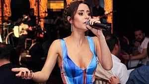 Amerika'dan dönen ünlü şarkıcı, kendisini evde karantinaya aldı