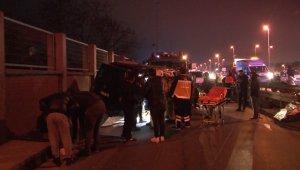 Avcılar'da otomobil ile panelvan araç çarpıştı: 2'si ağır 4 yaralı