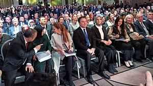 Babacan, partisinin tanıtımını AK Parti'nin kurulduğu otelde yaptı