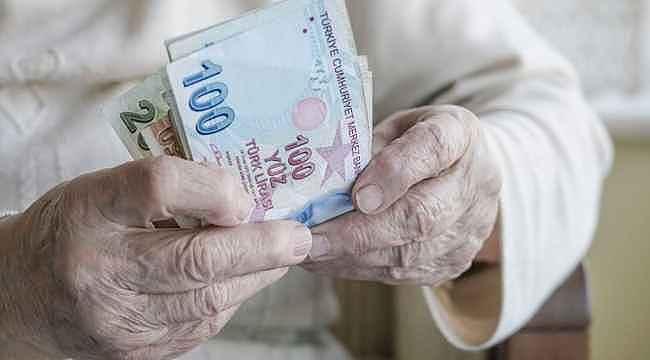 """Bakan Selçuk: """"En düşük emekli aylığı 1500 TL oldu"""""""