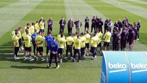 Barcelona, korona virüs nedeniyle tüm faaliyetlerini durdurdu!