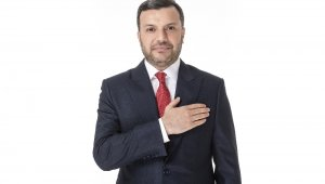 Başkan Kocaispir, ihtiyaç sahipleri için maaşını bağışladı
