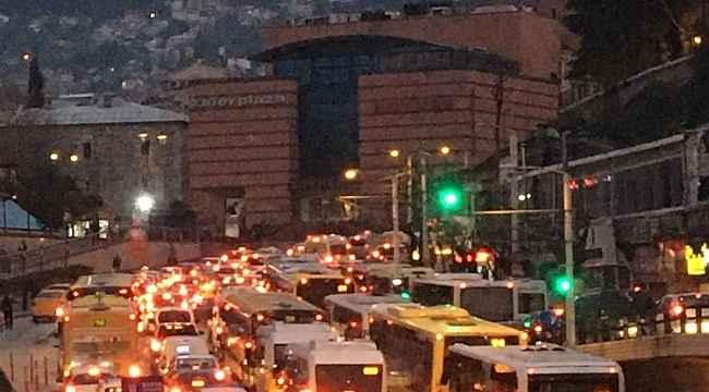 Bu fotoğraf Türkiye'de çekildi... Koronavirüsle bu şekilde mücadele zor - Bursa Haberleri