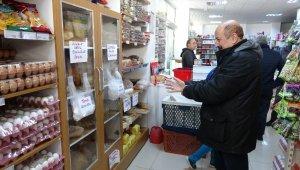 Bu market eldiven takmayana ekmek satmıyor