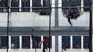 Cezaevinde koronavirüs isyanı... 23 kişi hayatını kaybetti