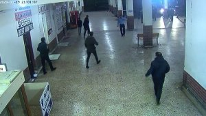 Elazığ'daki 5.0'lık deprem anı kamerada