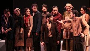Evde kal, tiyatrosuz kalma - Bursa Haberleri