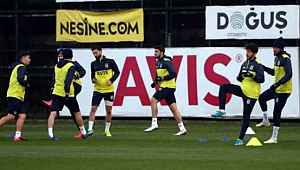 Fenerbahçe, koronavirüs tedbirleri nedeniyle çalışmalarını evde yapacak