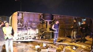 Gaziantep'te belediye otobüsü devrildi: 20 yaralı