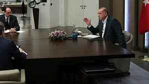 Görüntülü konuşmadaki detayı fark eden Erdoğan, hemen uyardı
