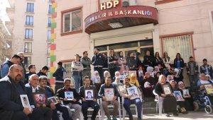 HDP önündeki ailelerin evlat nöbeti 189'ncü gününde