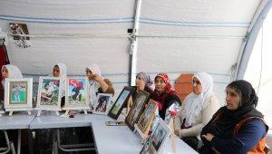 HDP önündeki ailelerin evlat nöbeti 191'inci gününde - Bursa Haberleri