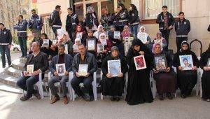 HDP önündeki ailelerin evlat nöbeti 192'nci gününde
