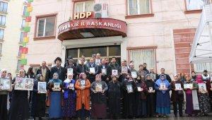 HDP önündeki ailelerin evlat nöbeti 197'nci gününde