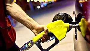 İki büyük indirim gören benzin bu gece tekrar zamlanacak