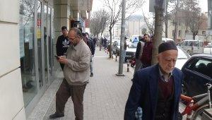 İnegöl'de yaşlılar evlerinde durmuyor - Bursa Haberleri