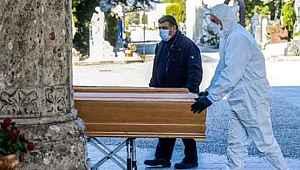İspanya'da son 24 saatte 849 kişi hayatını kaybetti