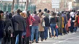 İşsizlik konusunda çarpıcı rapor... Onbinlerce kişi maaş için İŞKUR'a başvurdu