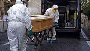 İtalya'da koronadan ölenlerin yaş ortalaması uyarıları destekleyecek cinsten