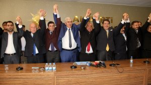 İyi Parti meclis üyeleri AK Parti'ye geçti