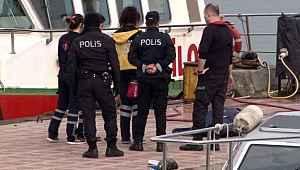 Kadıköy'de denizde erkek cesedi bulundu