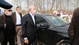 Kılıçdaroğlu kız kardeşini son yolculuğuna uğurladı