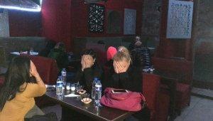 Korona virüs tedbirlerine uymayan gece kulübüne operasyon: 20 gözaltı - Bursa Haberleri