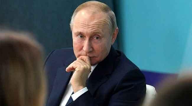 Koronavirüs Putin'i korkutmadı... Tokalaşmaya devam ediyor