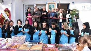 Kumlalı kadınlardan görkemli açılış - Bursa Haberleri