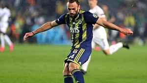 Ligde kötü giden Fenerbahçe'ye teklif yağıyor... Yıldız isme 20 milyon euro teklif