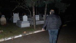 Mezarlıkta korkutan kadın çığlığı... Polis alarma geçti