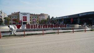 Mustafakemalpaşa'da cadde ve kaldırımlar dezenfekte ediliyor - Bursa Haberleri